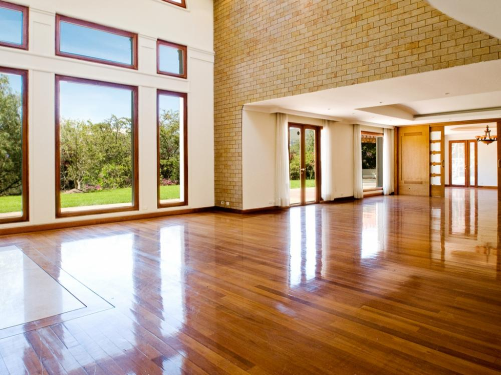 How to Keep You Polished Timber Floor Clean, Shining And Bright?
