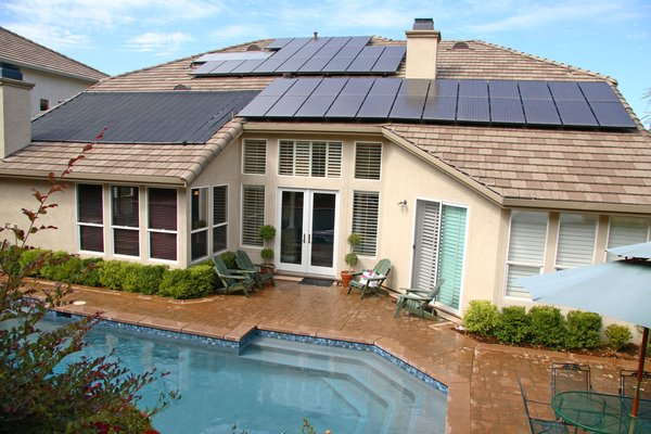 What swimming pool heating unit you want to choose – Solar, Gas, Heat Pumps, Electric Heaters?