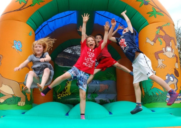 Bounce your way to a memorable Christmas with Jumping Castle Hire Melbourne!