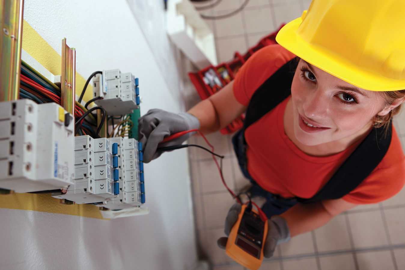 Hiring Affordable Electrician: Things to Know
