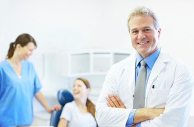 Possible Reasons Or Signs That You Must Visit a Dentist