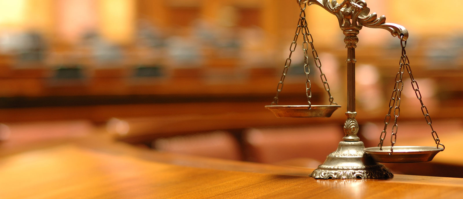 Hire an Expert Lawyer And Resolve Your Problems