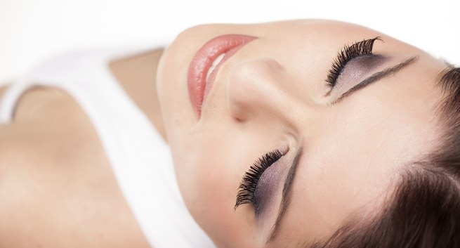 Make Your Eyes More Beautiful Using Eyelash Products