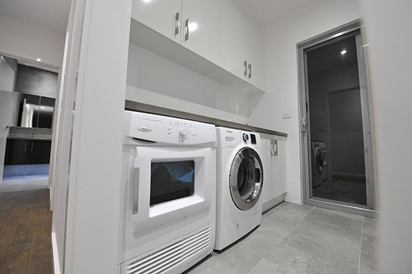 Improvement Task Preparation: Tips for Fitting a Laundry Right into a Restroom