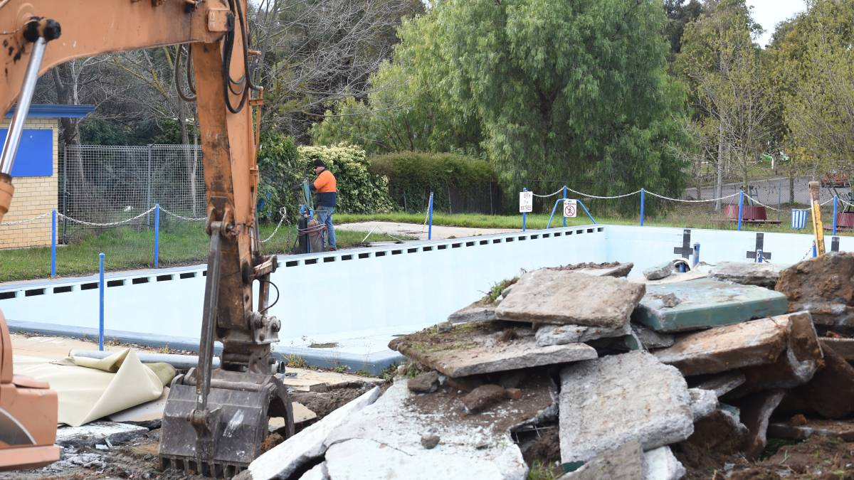 How is pool demolition Adelaide Conducted?