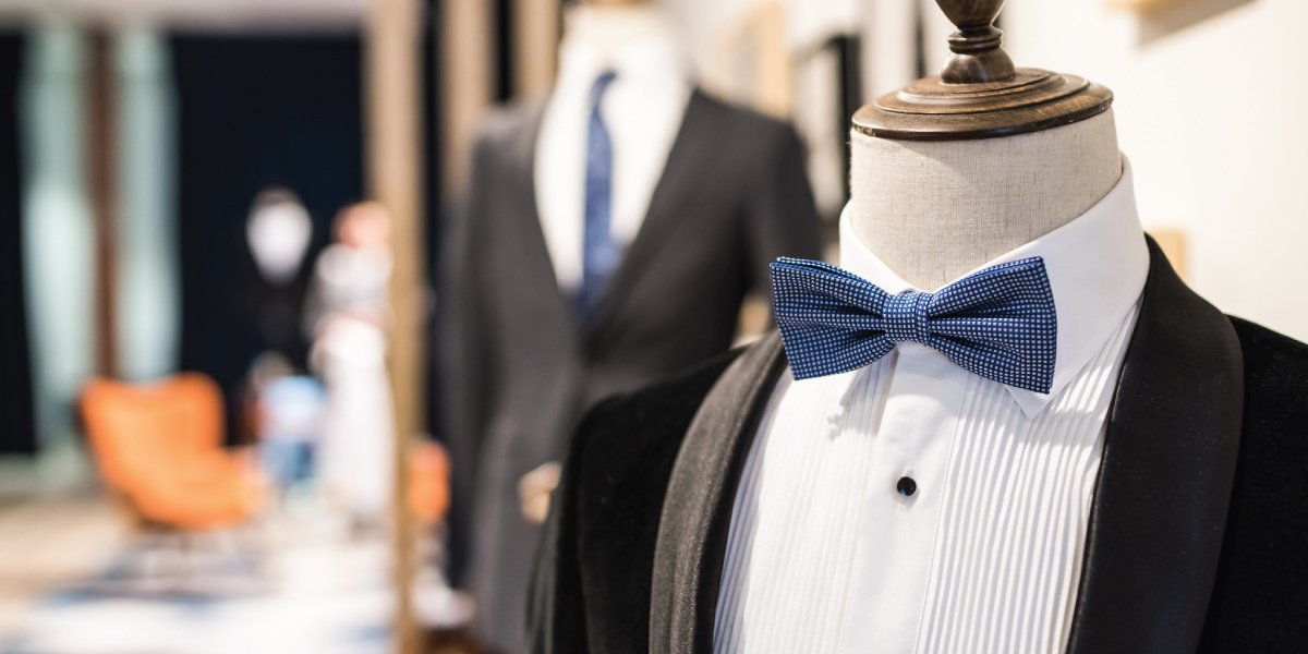 6 Queries to Solve with a Customized Tailored Suit