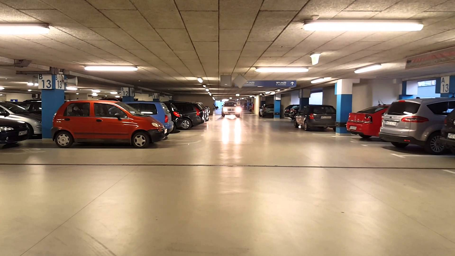 Different Kinds Of Airport Car Parking Services