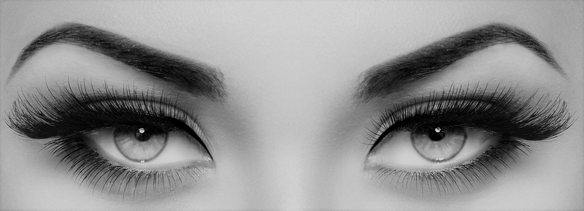 Achieve a Stunning Look with Professional Eyelash Extensions Services