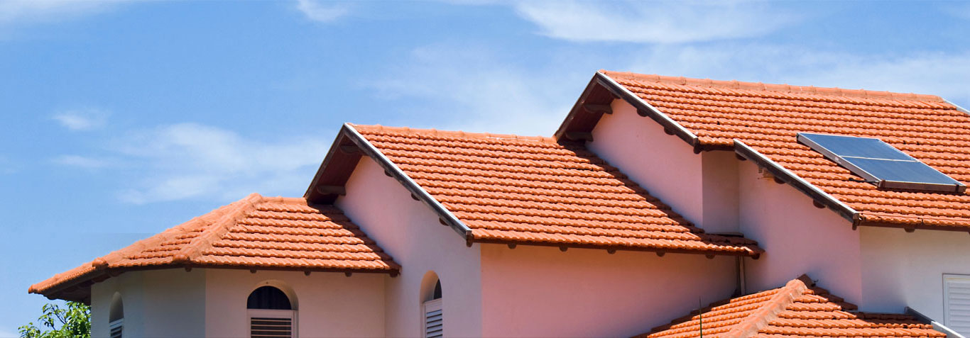 What Are The Main Reasons For The Gutter And Roof Leaks?