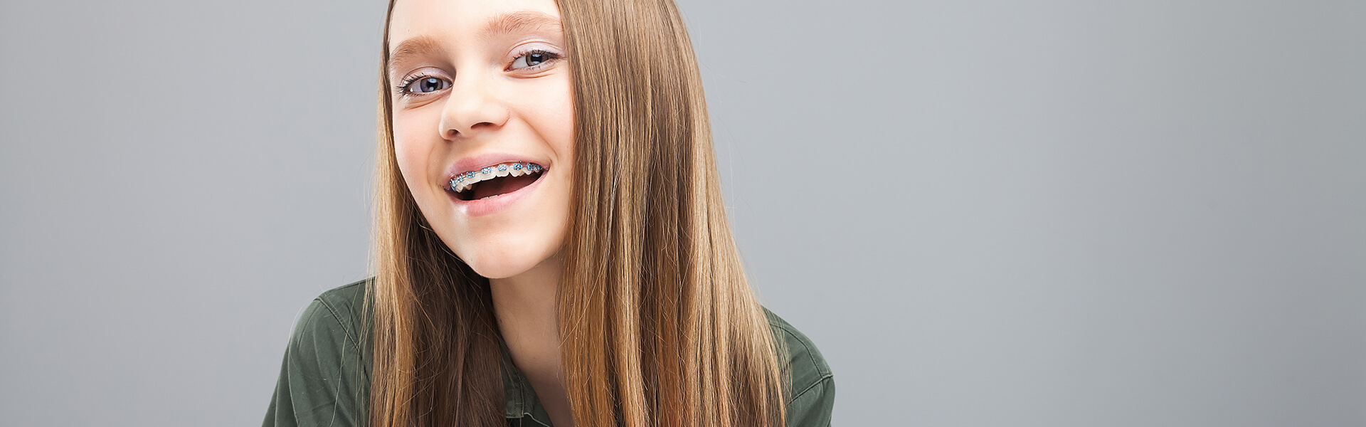 What are the reasons to get the service from an orthodontist?