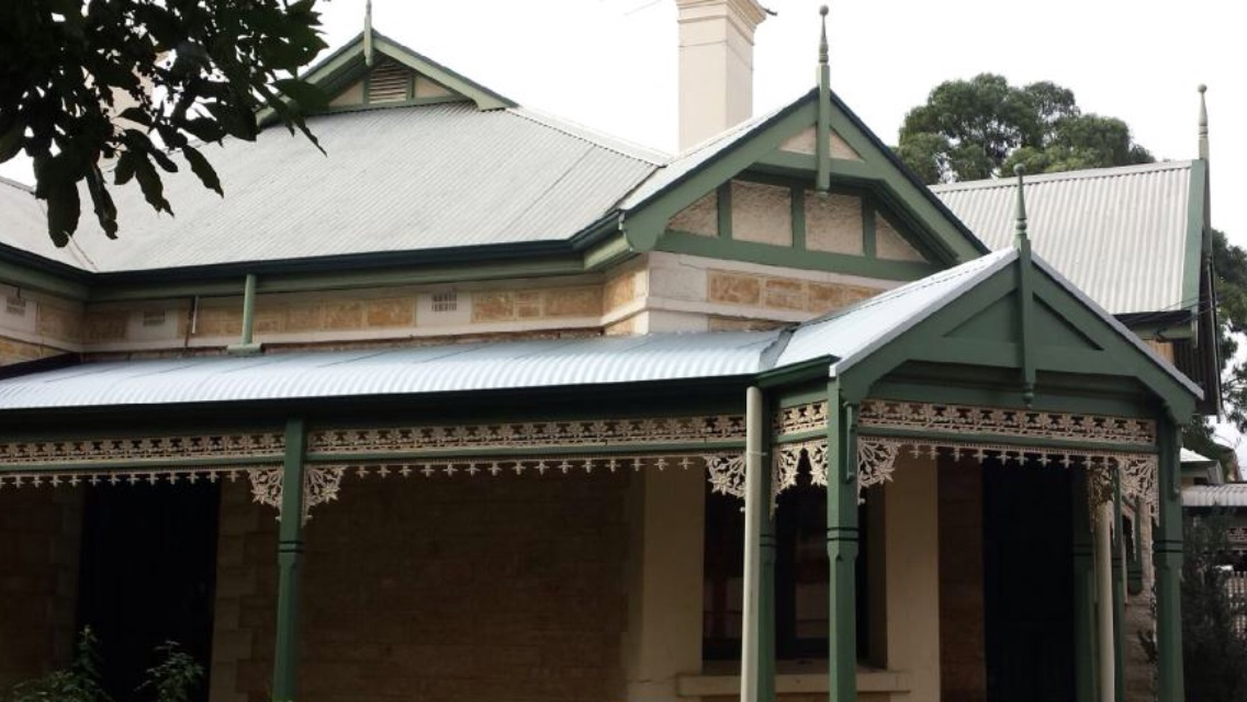Signs That your Building Needs Reroofing Adelaide Service