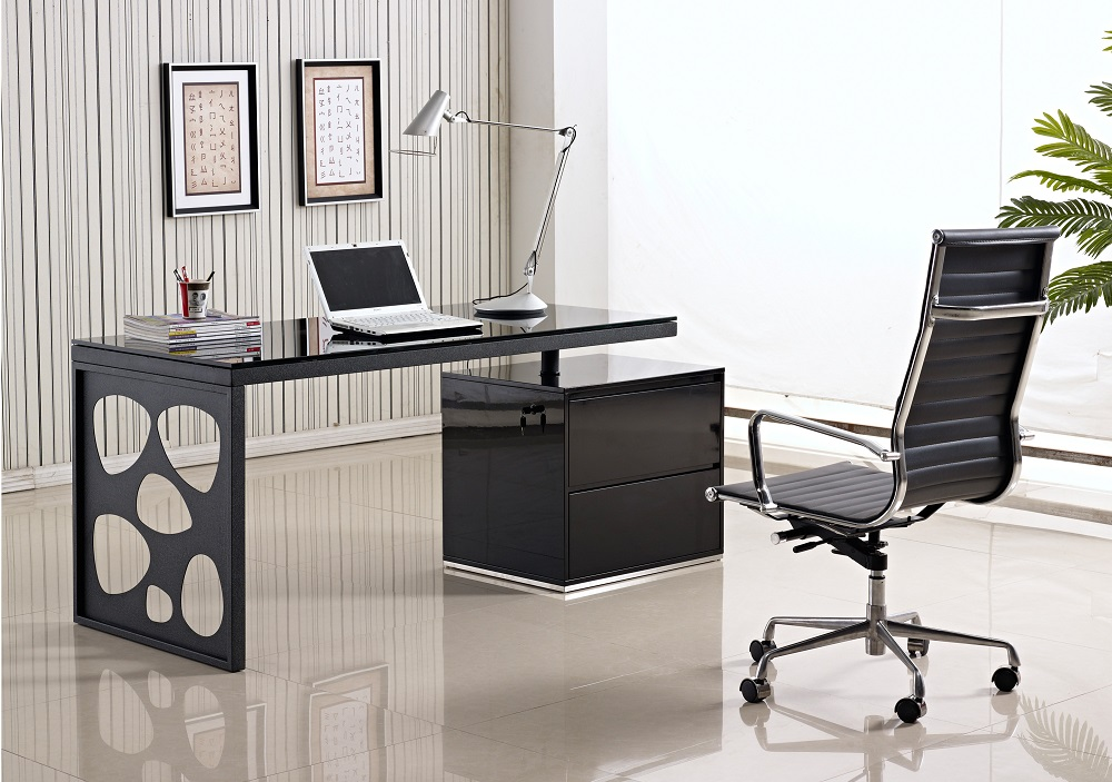How to Choose the Best Office Desk for your Office Furniture?