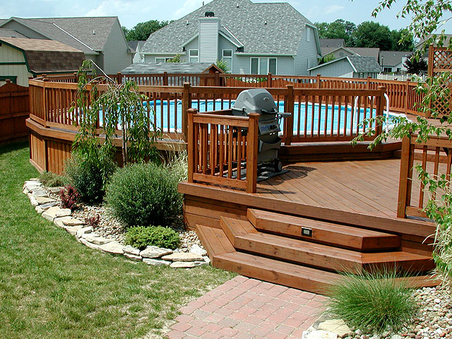 Benefits and Factors Associated With a Walkout Basement Deck Design