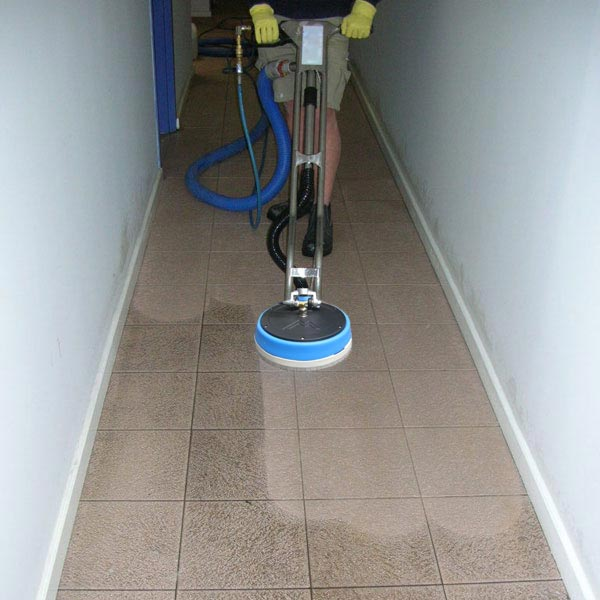 Few Benefits Behind Tile Cleaning Melbourne Services