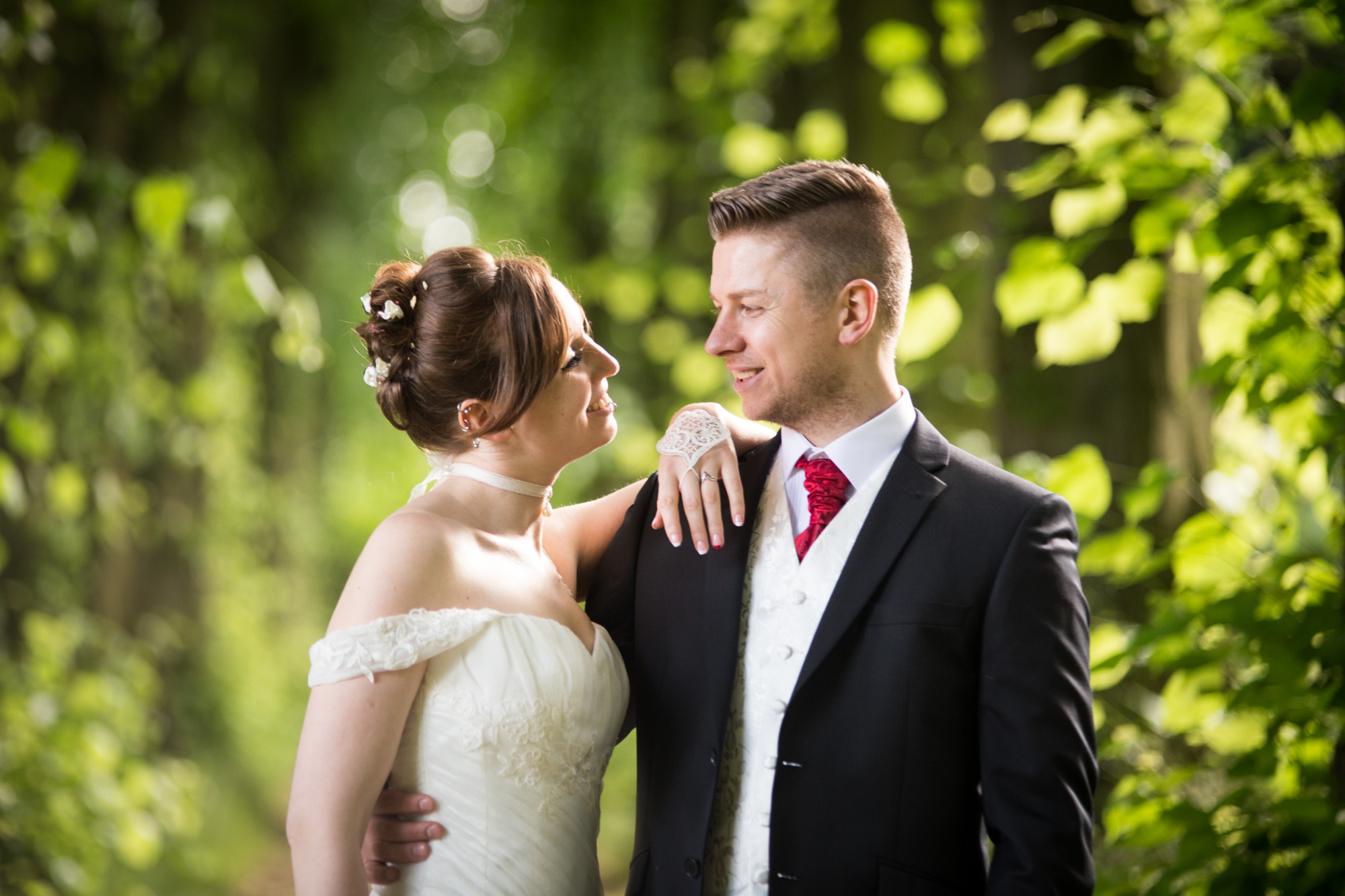 Essential tips to avoid the Mistakes to choose Wedding Photography Service