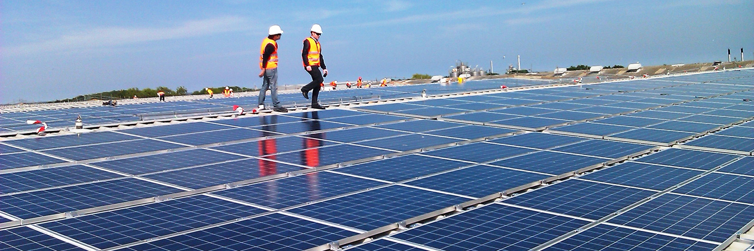 What are the benefits of having a commercial solar system?