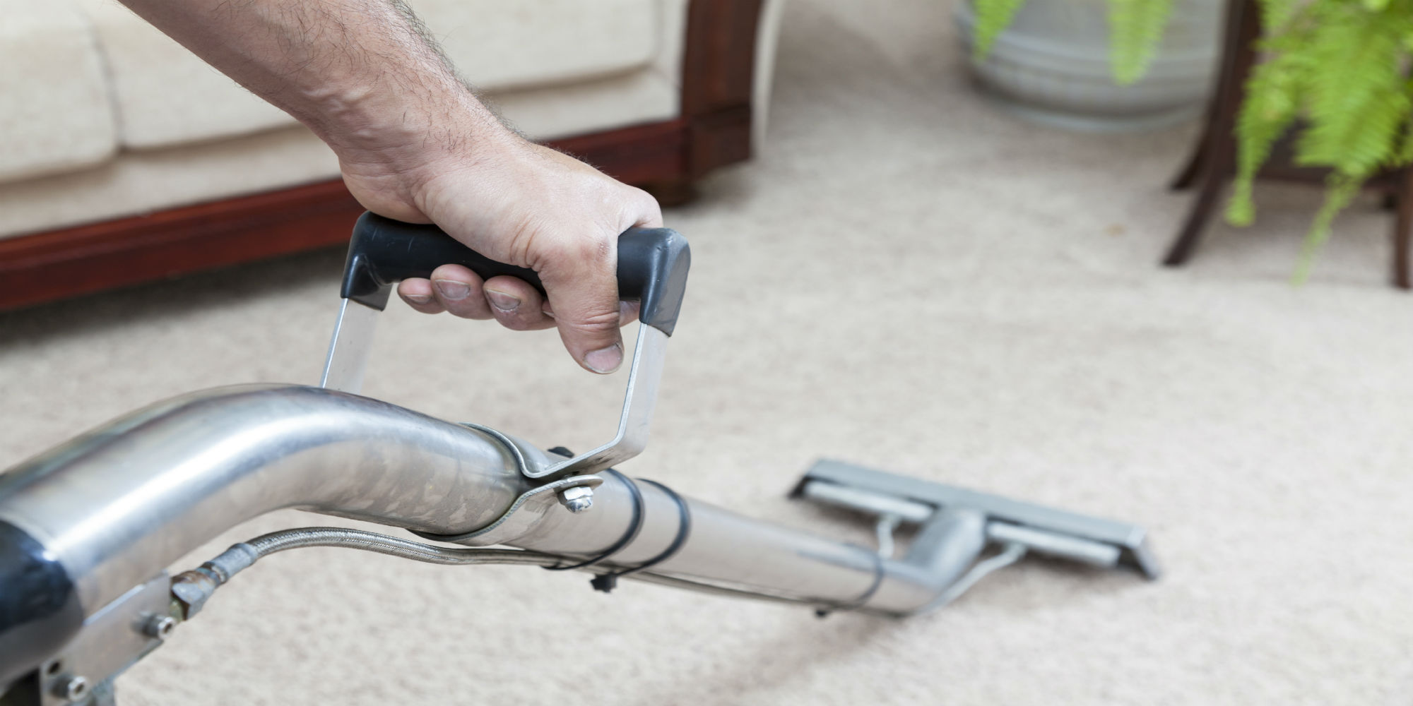 Protect the carpet layer by using new techniques makes carpet cleaners Adelaide