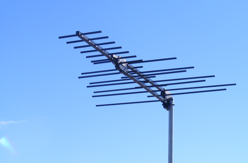 TV Antenna Installation for analogue hold-outs