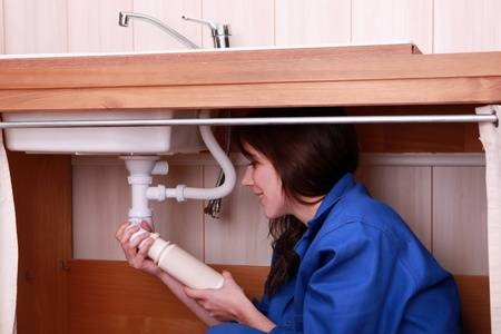What Are The Common Problems For That You Should Call Plumber?