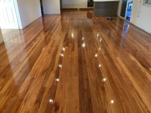 How Floor Polishing Melbourne Service Can Make Your Floor Shine?