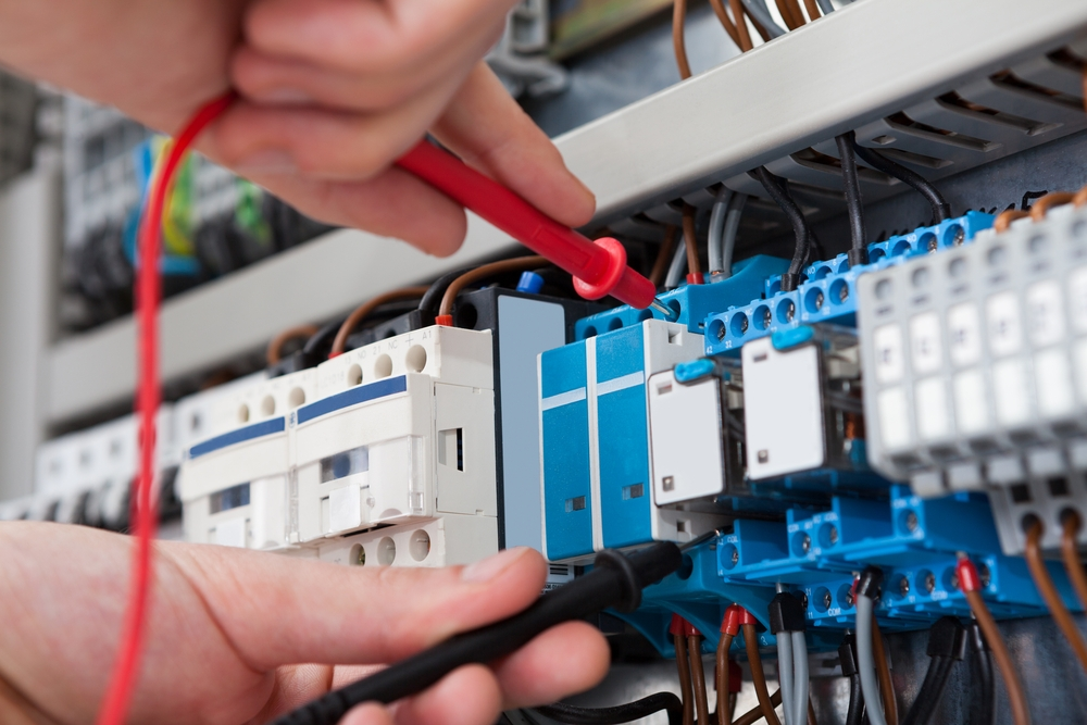 Should I Hire Electrician For Fire Alarm Installation?