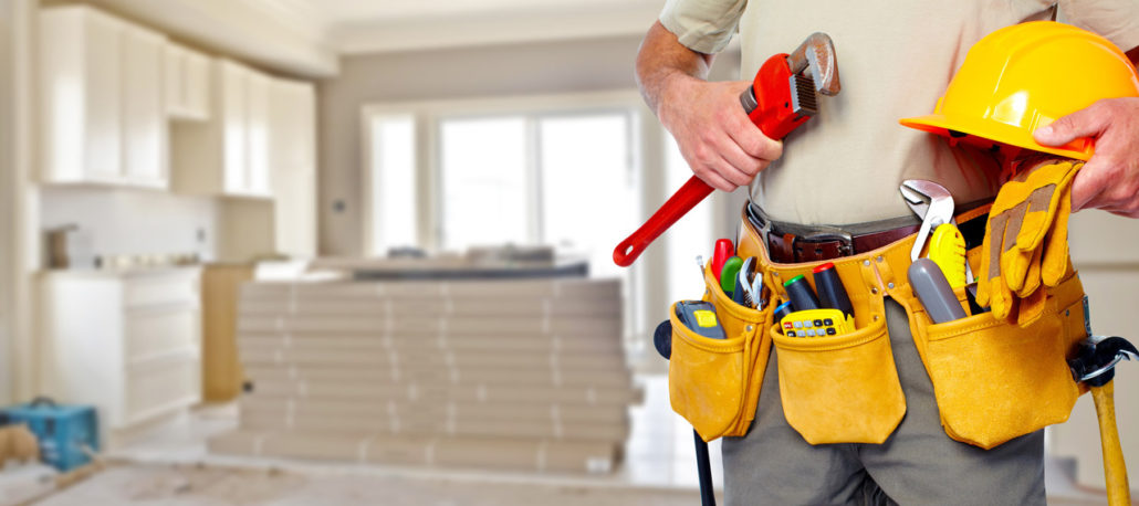 7 Benefits To Hire Professional Handyman Service For Your Business